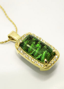Custom Green Tourmaline pendant with Gold and Diamonds