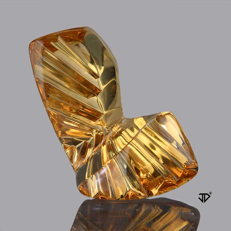 golden beryl sculptural cut 3.20 cts