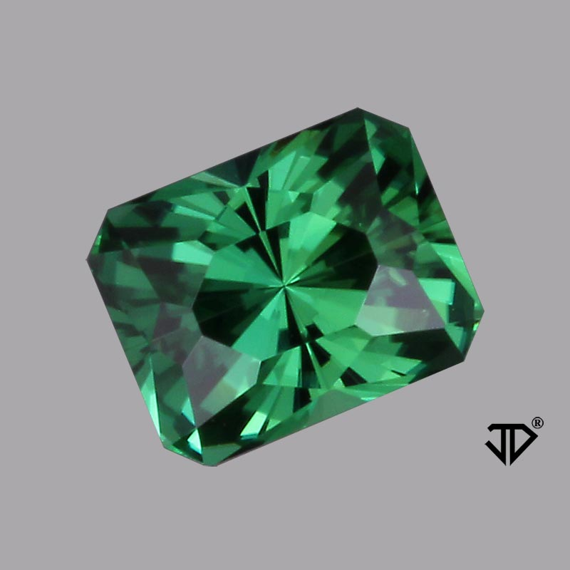 green tourmalie regal radiant cut 6.68 cts