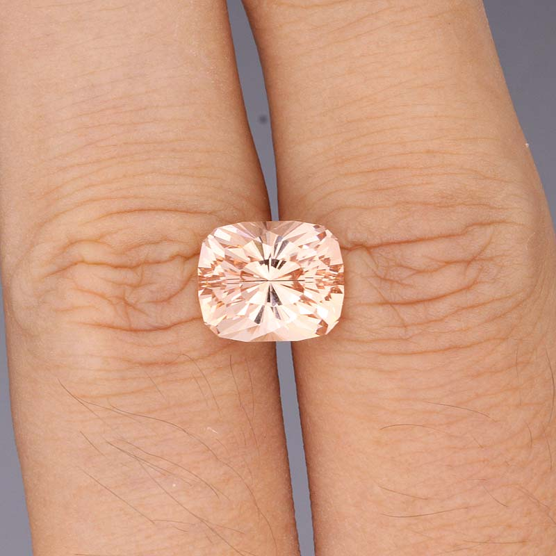 Morganite view 2